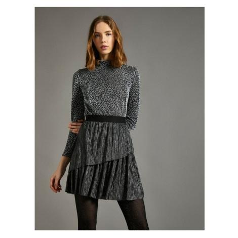 Koton Women's Gray Shimmer Detailed Skirt