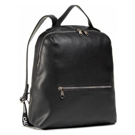 Calvin Klein Calvin Klein dámský černý batoh SQUARE BP 35 LW