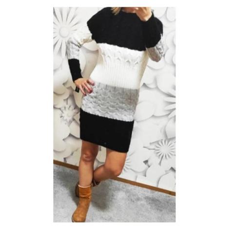 Krásné teplé svetrové šaty