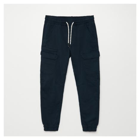 Cropp - Kalhoty JOGGERS CARGO - Tmavomodrá