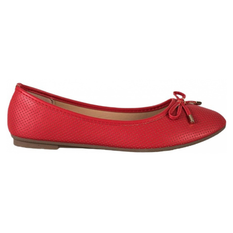 červené baleríny BASIC