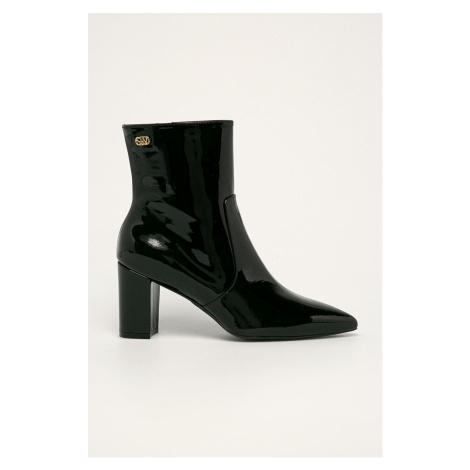 Stuart Weitzman - Kožené kotníkové boty Linaria