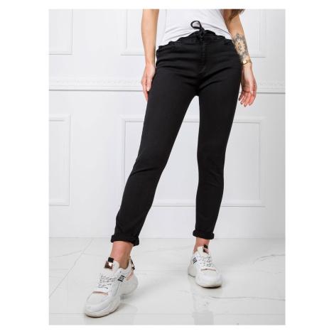 Černé push up kalhoty FPrice