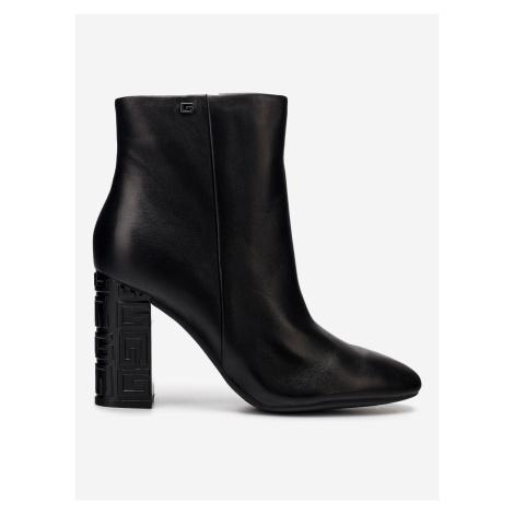 Lariah Kotníková obuv Guess Černá