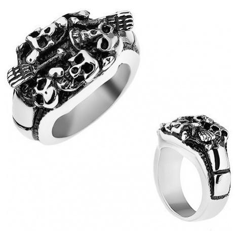 Patinovaný prsten z oceli 316L, stříbrná barva, vypouklé lebky a kosti