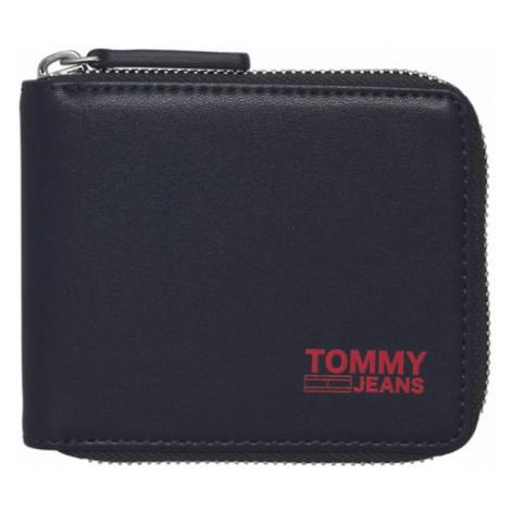 Tommy Hilfiger TOMMY JEANS pánská tmavě modrá peněženka TJM ZA WALLET RECYCLED LEATHER