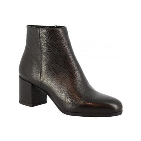 Leonardo Shoes 8326A DOLLARO NERO Černá