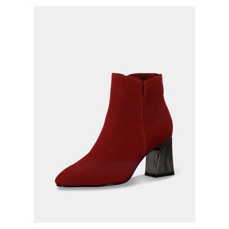 Tamaris červené semišové kotníkové boty na podpatku