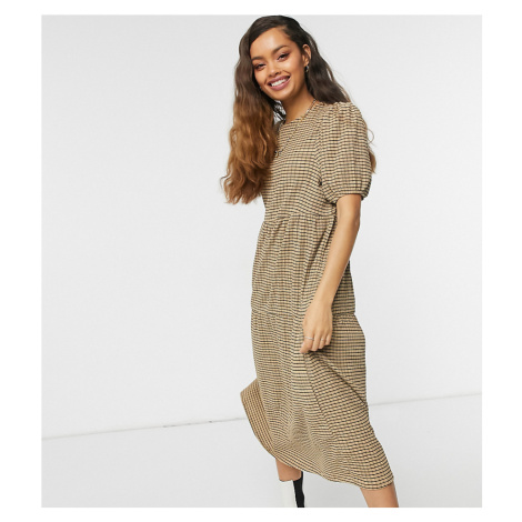 ASOS DESIGN Petite midi tiered smock in camel and black check-Brown