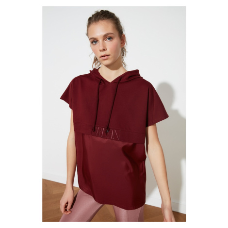 Trendyol Knitted Sweatshirt WITH Burgundy Hooded Embroidery