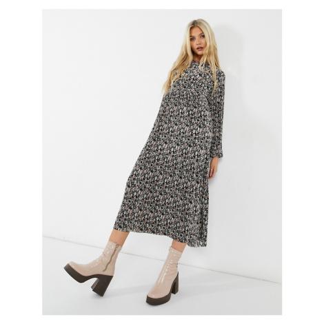 Pull&Bear plisse long sleeve midi dress in floral print-Multi Pull & Bear