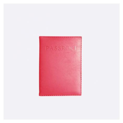 Tmavě růžový obal na cestovní pas