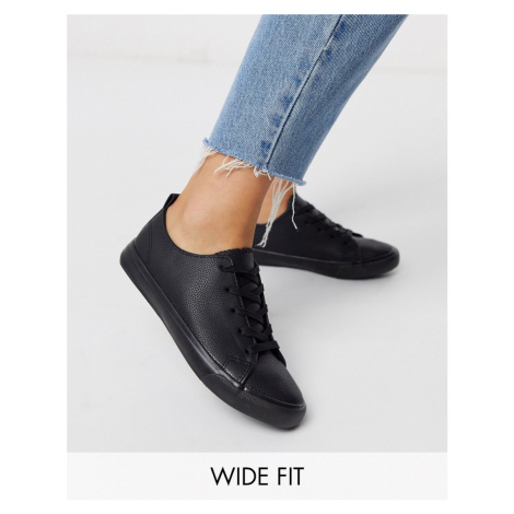 New Look wide fit lace up trainers in black