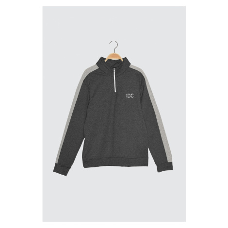 Trendyol Anthracite Male Slim Fit Fermented Right Collar Sweatshirt