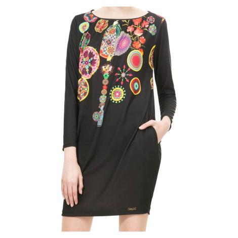 Černé skládané šaty s geishou Desigual