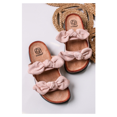 Světle růžové semišové nízké pantofle Tilda Givana