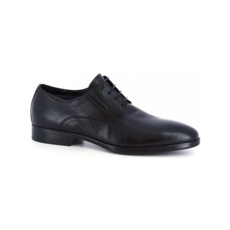 Leonardo Shoes 41625-I F. 416 GOMMA NEUT N FOD. MERINOS Černá