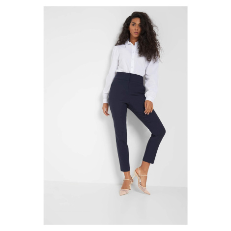 Elegantní kalhoty s puky Orsay