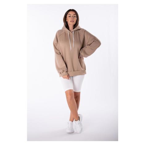 oversize sweatshirt with a print on the back Ptakmoda