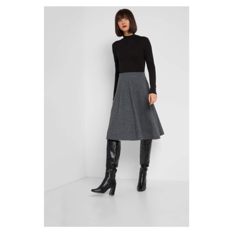 Áčková sukně se vzorem Orsay