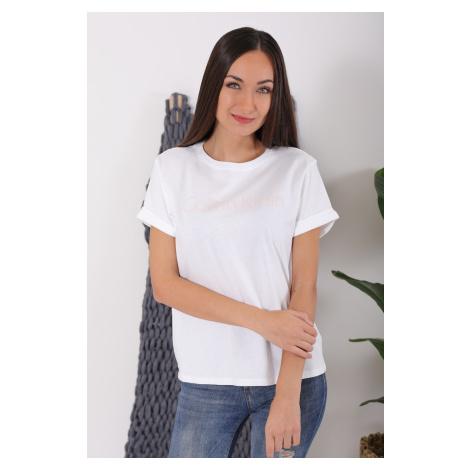 Dámské Calvin Klein tričko bílé s růžovým nápisem