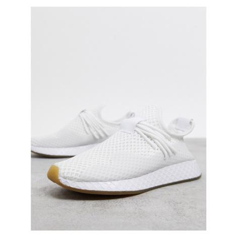 Adidas Originals Deerupt trainers in white