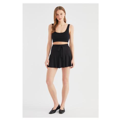 Trendyol Black Skirt Look Ribbed Knit Shorts & Bermuda