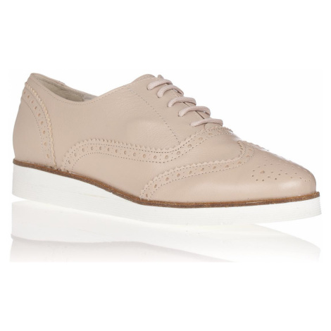 Maria Jaén Béžové kožené boty na bílé podrážce María Jaén