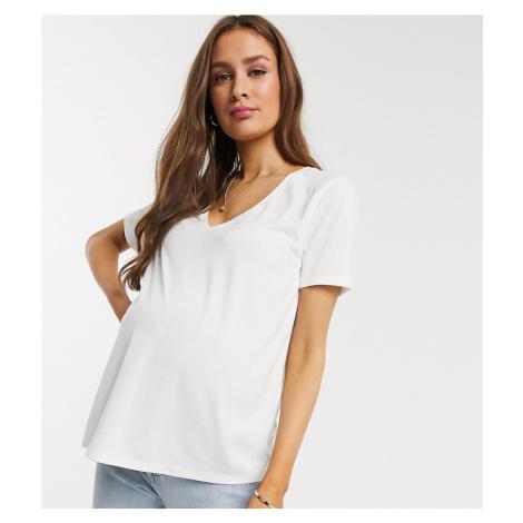 ASOS DESIGN Maternity relaxed v-neck t-shirt in white