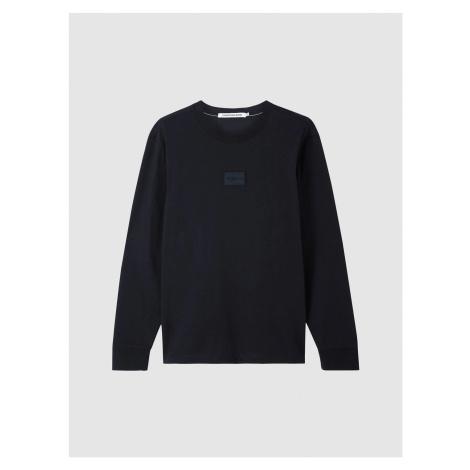 Calvin Klein Calvin Klein pánské černé tričko s dlouhým rukávem CENTER BADGE LS TEE