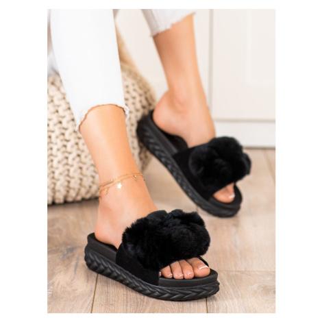 Exkluzívní černé dámské nazouváky bez podpatku Seastar