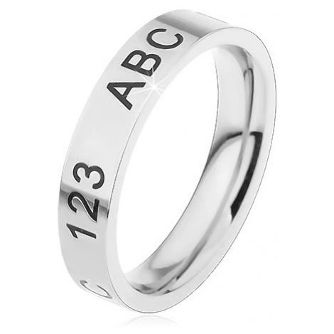 Prsten z chirurgické oceli ve stříbrném odstínu, gravírované číslice a písmena Šperky eshop