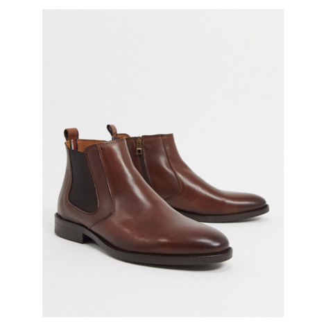 Tommy Hilfiger leather chelsea boot in brown with small back logo
