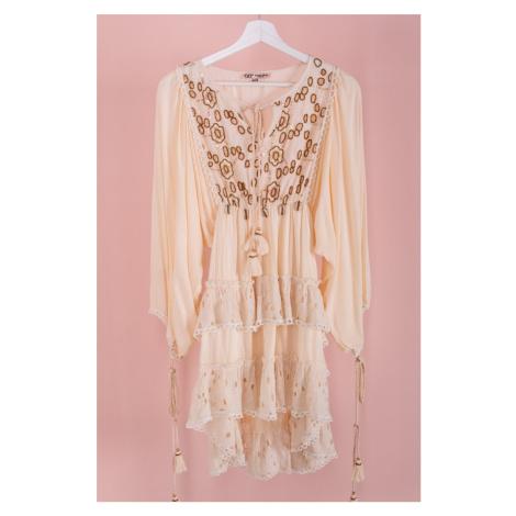 Světle béžové volánové šaty Diana Vittoria Ventini