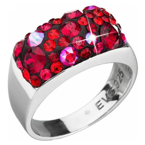 Stříbrný prsten s krystaly Swarovski červený 35014.3 cherry Victum