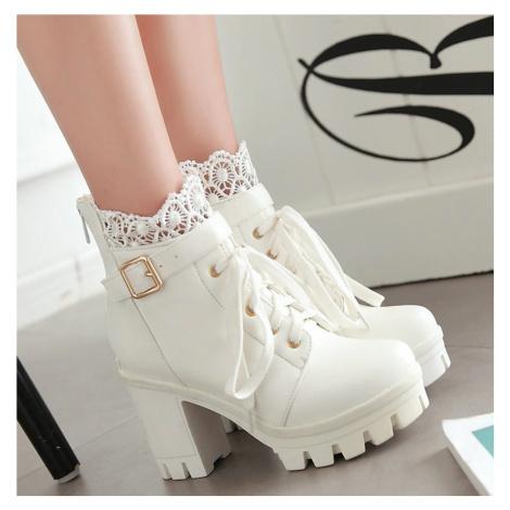 Dámské bílé kotníkové boty na podpatku s krajkou a tkaničkami