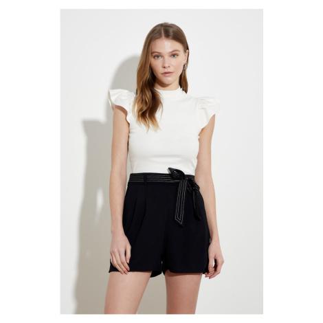 Trendyol Black Tie Detailed Shorts & Bermuda