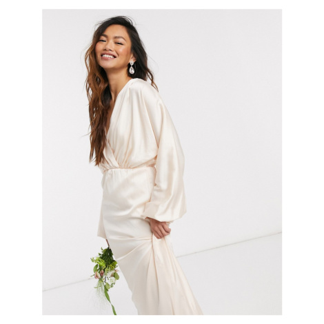 TFNC bridesmaids long sleeve sateen maxi dress in ecru-Cream