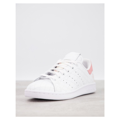 Adidas Originals Stan Smith trainers in white and pink