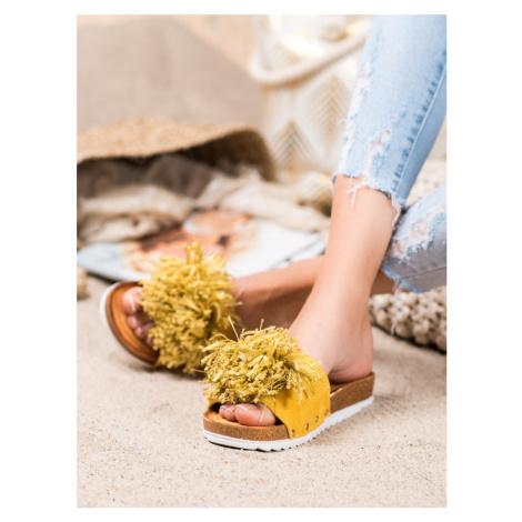 Moderní zlaté dámské nazouváky bez podpatku