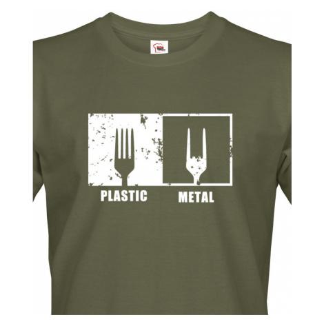Pánské tričko s potiskem Plastic vs Metal - parodie na metalové trička BezvaTriko