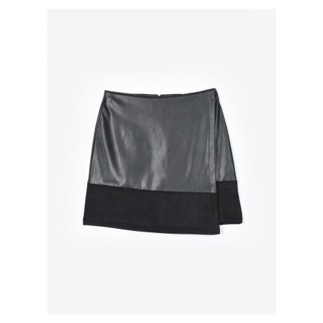GATE Kombinovaná sukně z imitace kůže