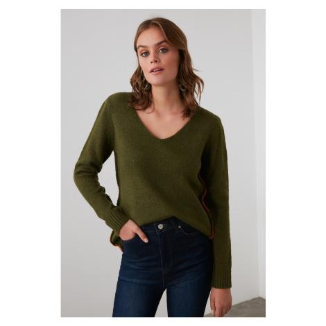 Trendyol Khaccoli Contrast Ribbon Detailed Knitwear Sweater