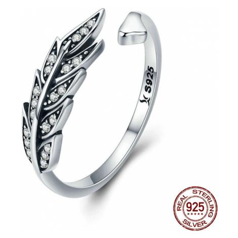 Stříbrný prsten příroda tvar listů lístky s třpytivými kamínky zirkony