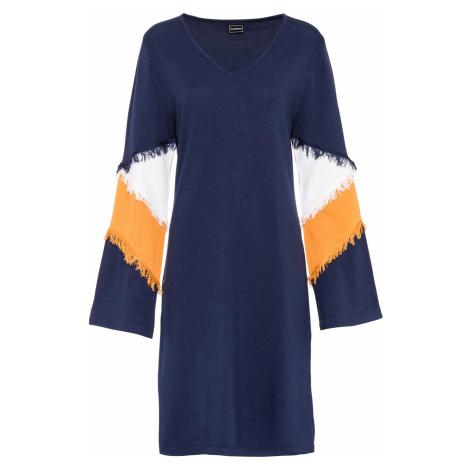 Pletené šaty s třásněmi Bonprix