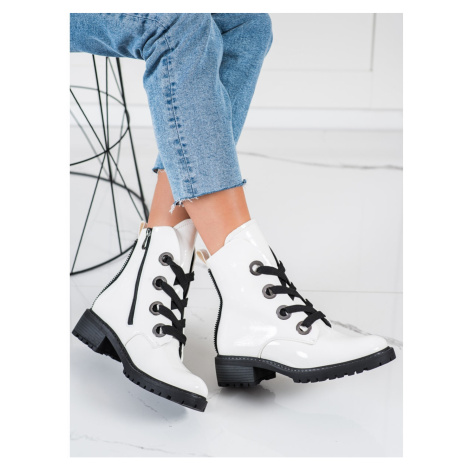 LACE-UP VINCEZA ANKLE BOOTS