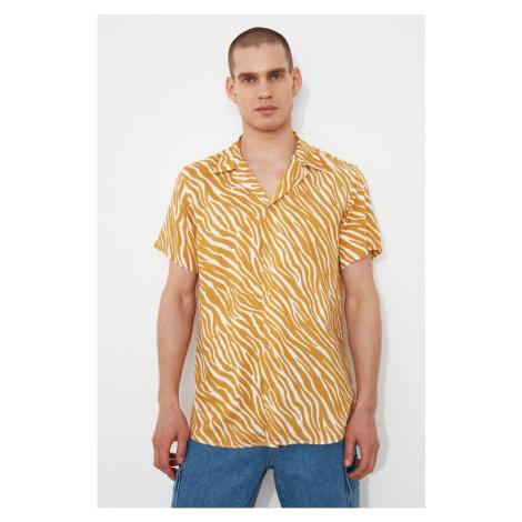 Trendyol Mustard Men's Regular Fit Apaş Collar Short Sleeve Tropical Shirt
