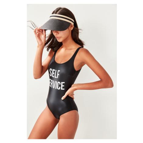 Trendyol dámské jednodílné plavky s nápisem
