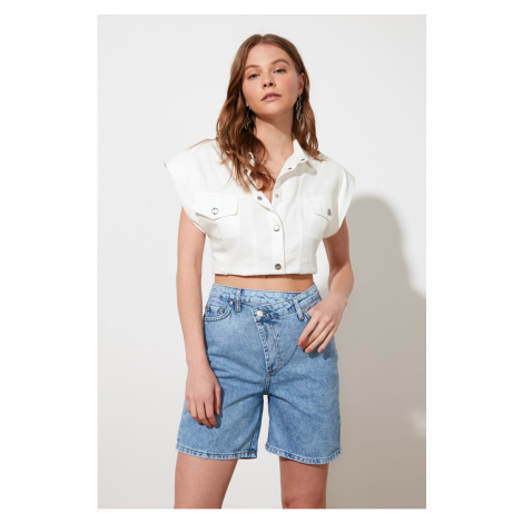 Trendyol Blue Asymmetric Closure Denim Shorts