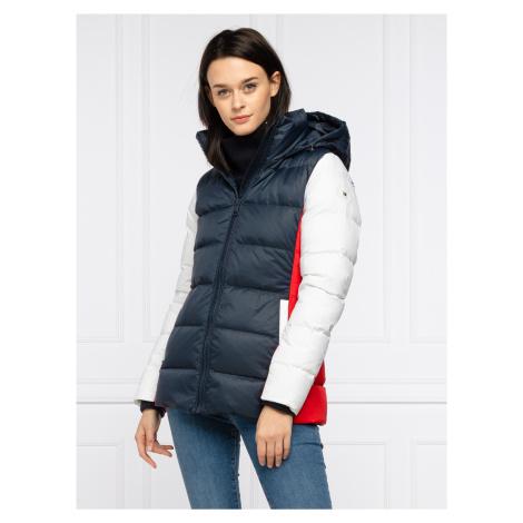 Tommy Hilfiger dámská zimní bunda Colorblock